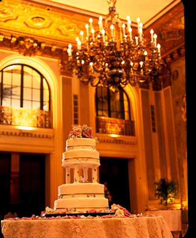 cake-in-ballroom