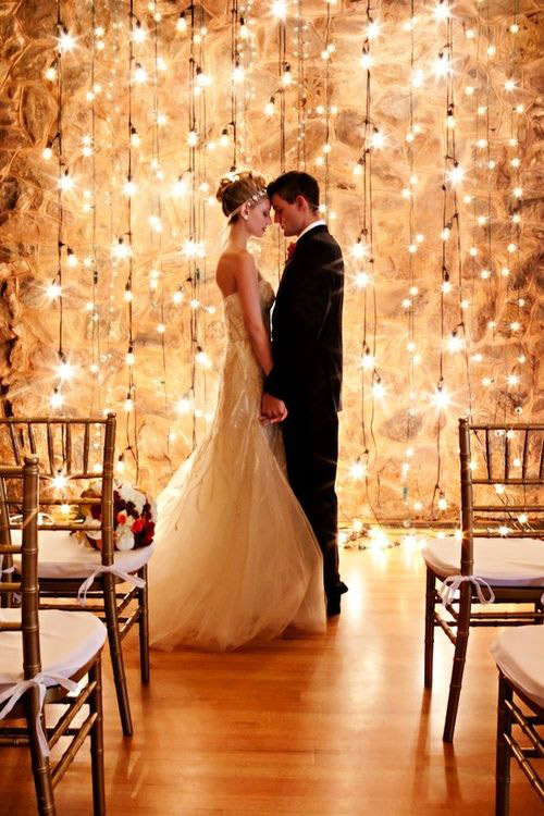 """<strong>Bistro lights</strong>    For non-church nuptials, dress up the alter with lights for a pretty """"I do."""""""
