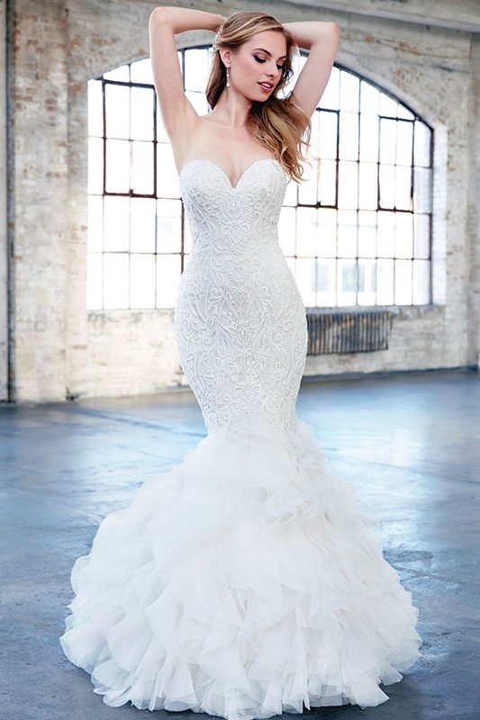 These 4 Wedding Gowns Were Made For Hourglass Body Types Delaware