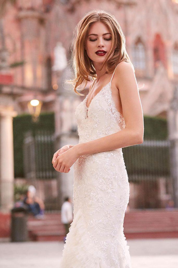 Watters wedding dress style Thais